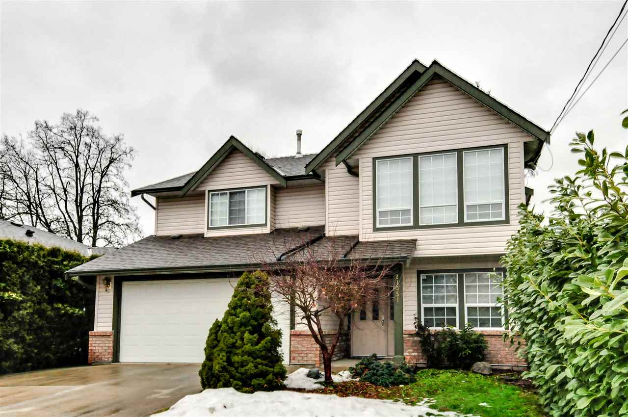 Beautiful 2,809sqft House on a 6,888sqft Lot located on a no thru road, with 5 Bedrooms + Den & 3 Full Baths; 3 Beds up + a Den on the entry level for upstairs use & a 2 Bed Suite with its own laundry. Upgrades include new kitchen countertops, maple cabinets, & pot lights, a completely renovated main Bathroom and newer carpet in the Den & 3 Beds up. Features hot water baseboard heating for clean air and economic efficiency. Plenty of room for all your vehicles and guests with a double garage, room for 4 vehicles in the driveway and additional parking out front. This house has a perfect layout for entertaining and will meet all your family's needs.