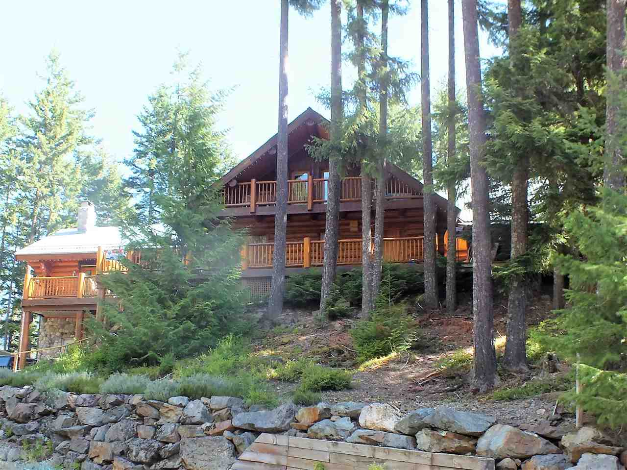 World class quality built log home on nearly 1/2 ac. Lot in scenic & affordable Sunshine Valley. Only 2 hrs. to Van. & the Okanagan Valley this Whistler-esque beauty is in the heart of 4 season recreation boasting nearby canoeing, hiking, biking, ATVing, snowshwoing, RV rec facilities & quick access to Manning Park Lodge & ski hill. The home features ceiling, floor to ceiling rock F/P, appliacens, ensuite bath w/jetted soaker tub & much more. Exterior highlights include front & side driveways, RV parking, carport & garage/workshop, expansive decking, from this partially fenced double lot. Needs to be seen to appreciate all the features.