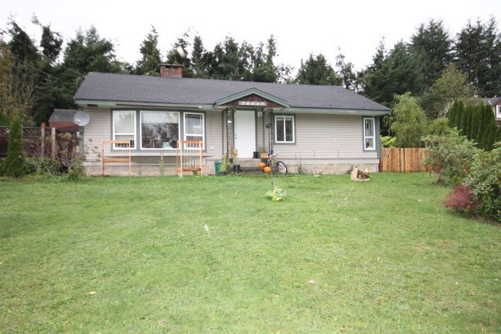 NOW AVAILABLE TO SHOW AND SELL ~ HATZIC BENCH rancher set on an 11289 square foot lot. Partly Reno'ed Great First Home Or Investment Property (Currently Tenanted) Don't Wait And Book Your Showing Today !!