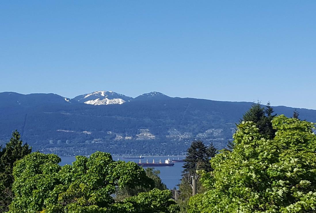 DEFFINITELY ONE OF KIND ENJOY THIS UNOBSTRUCTED BREATHTAKING VIEWS OF WATER, CITY & MOUNTAINS. AN EXCEPTIONAL UNIQUE WEST COAST CONTEMPORARY NEW HOME. IN MOST PRESTIGIOUS POINT GREY LOCATION. This beautiful home simply offers Almost 4,500 sq.ft. PLUS amazing 592 sq.ft. roof deck. QUALITY is built into every detail. Over-height ceiling, hardwood floors throughout, open spacious gourmet kitchen with high-end kitchen cabinetry & appliances. 4 generous size bedrooms & den, 5.5 baths. Media room offers unbelievable entertainment & wet bar, wine cellar, radiant floor heating system, A/C, HRV, steam shower. ADVANCED HOME SMART SYSTEM SECURED private back yard w/SOUTHERN EXPOSURE back yard. STEPS AWAY from WEST POINT GREY ACADEMY. Close to LORD BYNG HIGH SCHOOL, QUEEN MARY ELEM, ST.GEORGE?S, CROFTON HOUSE PRIVATE SCHOOL & UBC. BEACH, SHOPPING. MUST SEE!