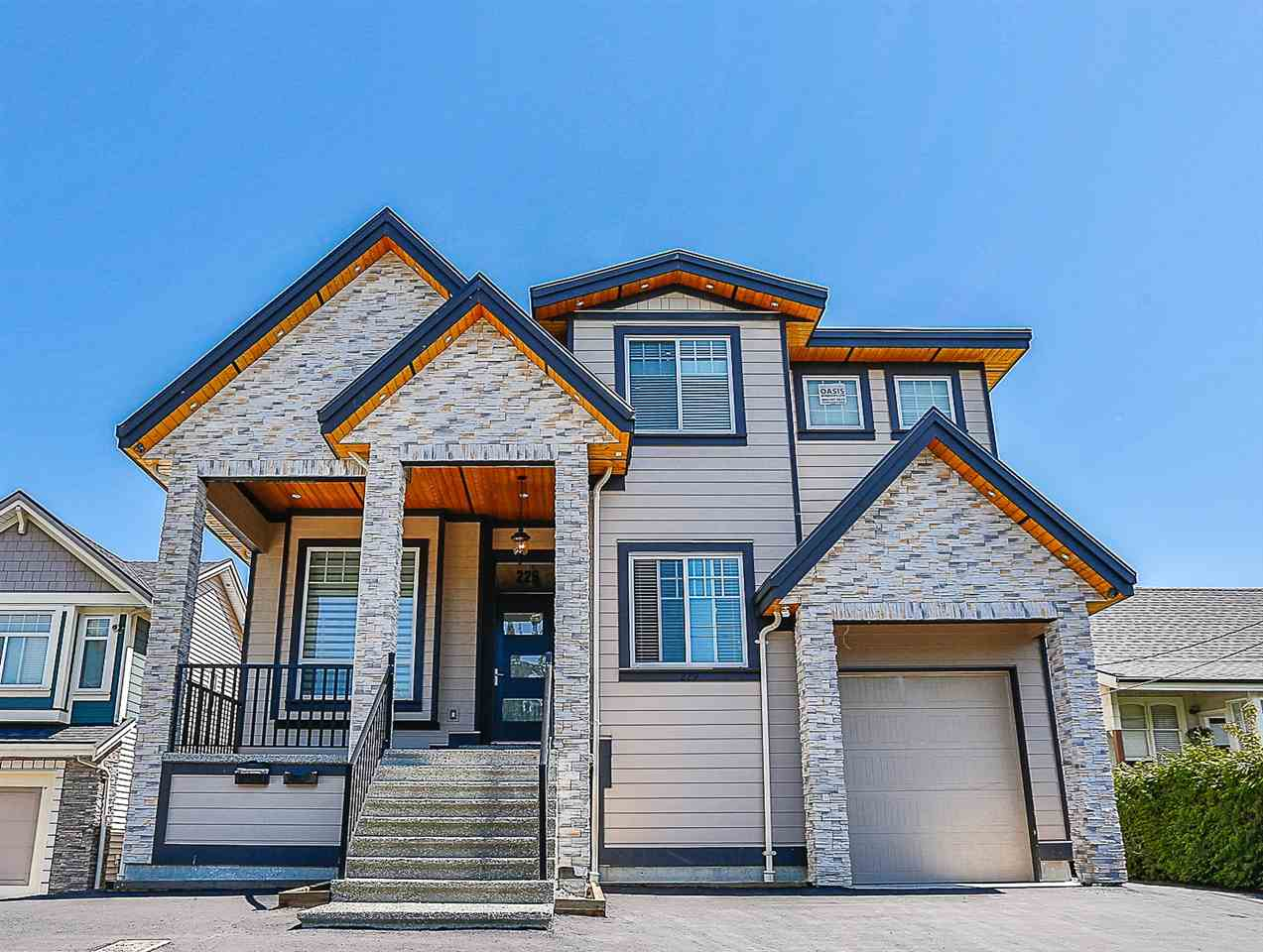 Amazing 2 yr old, 4221 sf, 6 bdrms + den, 5 bath + a 2 bdrm, 1 bath legal suite. 2 lvl home on large 8465 sf lot in evolving Queensborough area close to schools, shopping, transit & parks. This majestic palace has soaring high ceilings in living room/dining room, a beautiful spacious white kitchen with SS appliances, Breakfast Bar, and a separate spice/wok kitchen, family room off the open kitchen, HW heating Hvac and roughed in for A/C (just need the compressor), skylights, crown moldings throughout, giant double garage tandem, extensive crawlspace for storage & more! Balance of 2-5-10 Warranty.