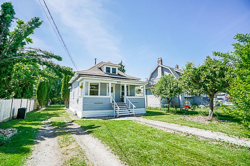 Character home in the heart of South West Maple Ridge on a private street with large private yard! This home is perfect for an investor, handyman or first time buyer who is willing to put in a bit of work to have a lovely character home!