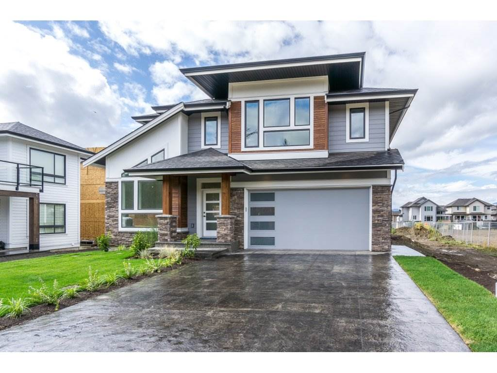 Beautiful new 2 storey with basement at the Fairways is a spacious family home in the desirable Sardis location. 3 bedroom, 3 baths, with an unfinished basement finished with quartz counter tops, stainless steel appliances. 4 pc ensuite, vaulted ceilings and much more.