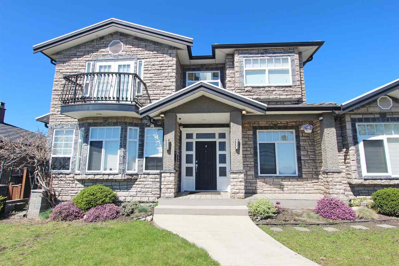 BEAUTIFUL newer home with Panoramic breathtaking South-facing CITY VIEW in a CONVENIENT yet quiet neighbourhood in Brentwood on highside of street & steps to schools, parks, restaurants, banks, big shopping mall, SKYTRAIN, minutes to Costco, SFU & more! House is quality custom built with stone exterior & low maintenance landscaping. Main floor features spacious living room,dining room,kitchen w/stainless steel appliances,wok kitchen,family room,eating area, 1 bedroom & powder room. Separate entrance on the main floor is a 2 bed suite with kitchen, living room & own laundry. Upper level features large master bedroom w/ balcony & walkin closet, master ensuite, 3 bedrooms, 1 bathroom. School Catchments:Brentwood Park Elementary,Aubrey Elementary,Capitol Hill Elementary,Alpha Secondary. Hurry!