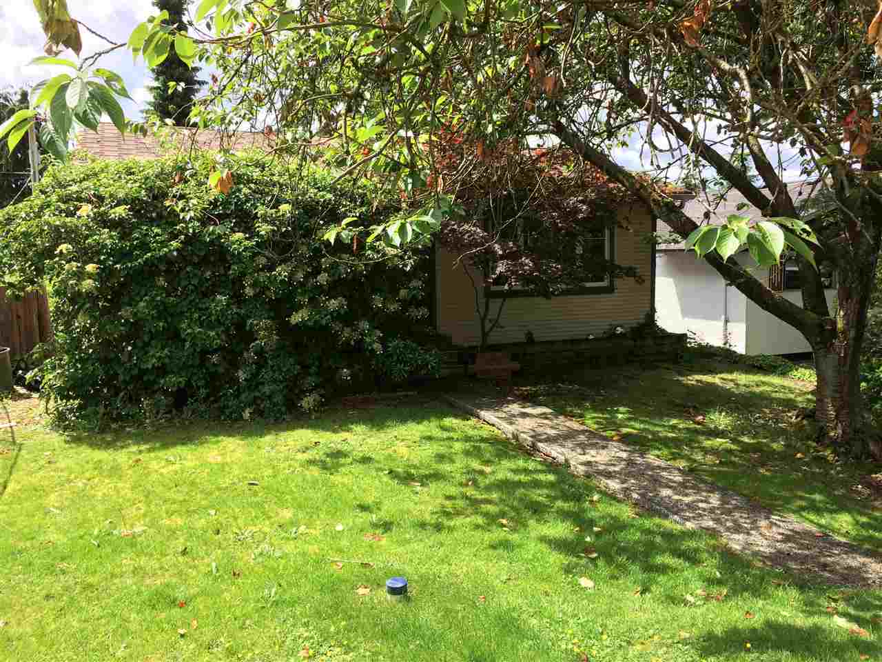 Large 50' x 122' lot in Upper Lonsdale with south facing backyard. This property is ready for redevelopment. Build up to take advantage of the city views!!