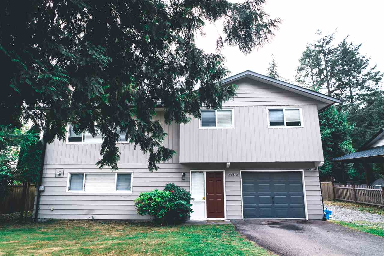 Attention first time buyers, investors or builders. This well maintained, completely updated home is situated on a 6610 sq. ft. Lot (RS1 ZONING), located within the prestigious sunshine hills area of Delta, just across from panorama Ridge! Featuring an oversized living area, outfitted with a brand new maple wood kitchen, S/S appliances, new floors, new paint, and French doors opening up to a new sundeck, makes this home perfect for entertaining! The home also includes a new roof, updated main bathroom & a large single car garage with ample parking out front! Below you will find an updated 1 bedroom LEGAL SUITE w/ in-suite laundry! The home is tenanted to very nice tenants a combined $2500 monthly. Central location close to shops, surrounded by great schools, Seaquam HS & Pinewood Elem. Call or Visit my website to schedule a Showing: 604-396-0027 & avidhillon.com/listings