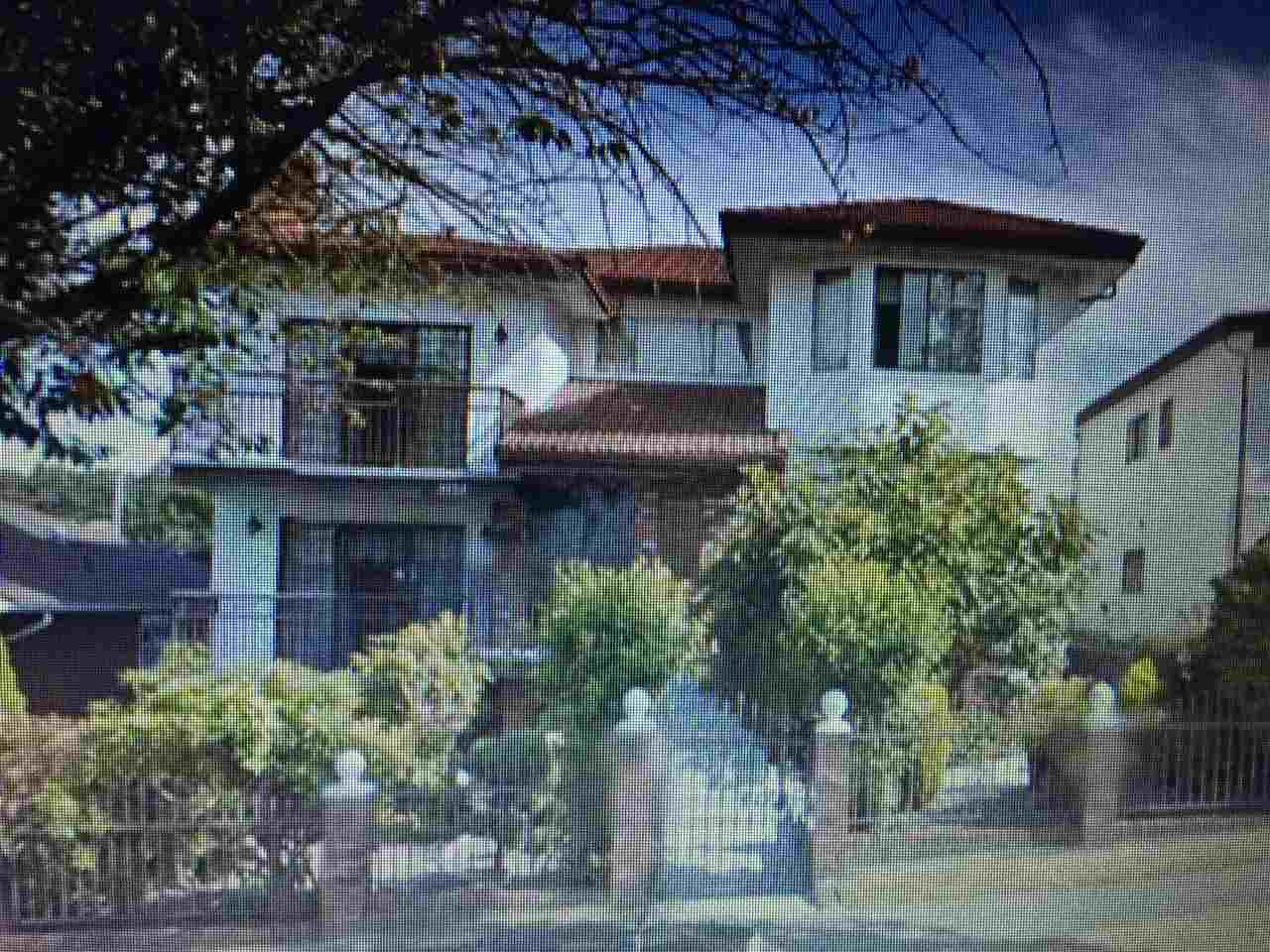 Rare find top-quality Italian built house, with huge amount of living space, offered for sale. Located in one of the most convenient yet desirable neighborhood, this property is extremely well-maintained with the same owner for over 30 years. With 3-level, 7-bedroom and 6 full bathrooms, it offers tons of living space for a big family or investor. Brick exterior and tile roof adds extraordinary character to this uniquely solid building, with beautifully maintained garden. Hardwood and tile flooring are original and in great condition. Huge rec room and exquisite bar room, with one-bedroom suite with separate entrance, downstairs are just some of the unique features rarely find in this market.