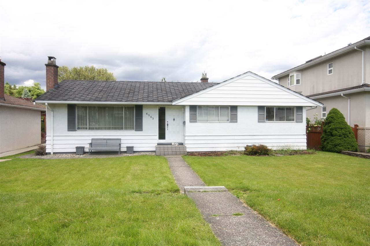 Flat level lot at Garden Village. Good for holding investment & build it later. 3 bedroom plus huge family room rancher. Close to Metrotown, High School & Elementary school, transportation etc. Will build to suit.