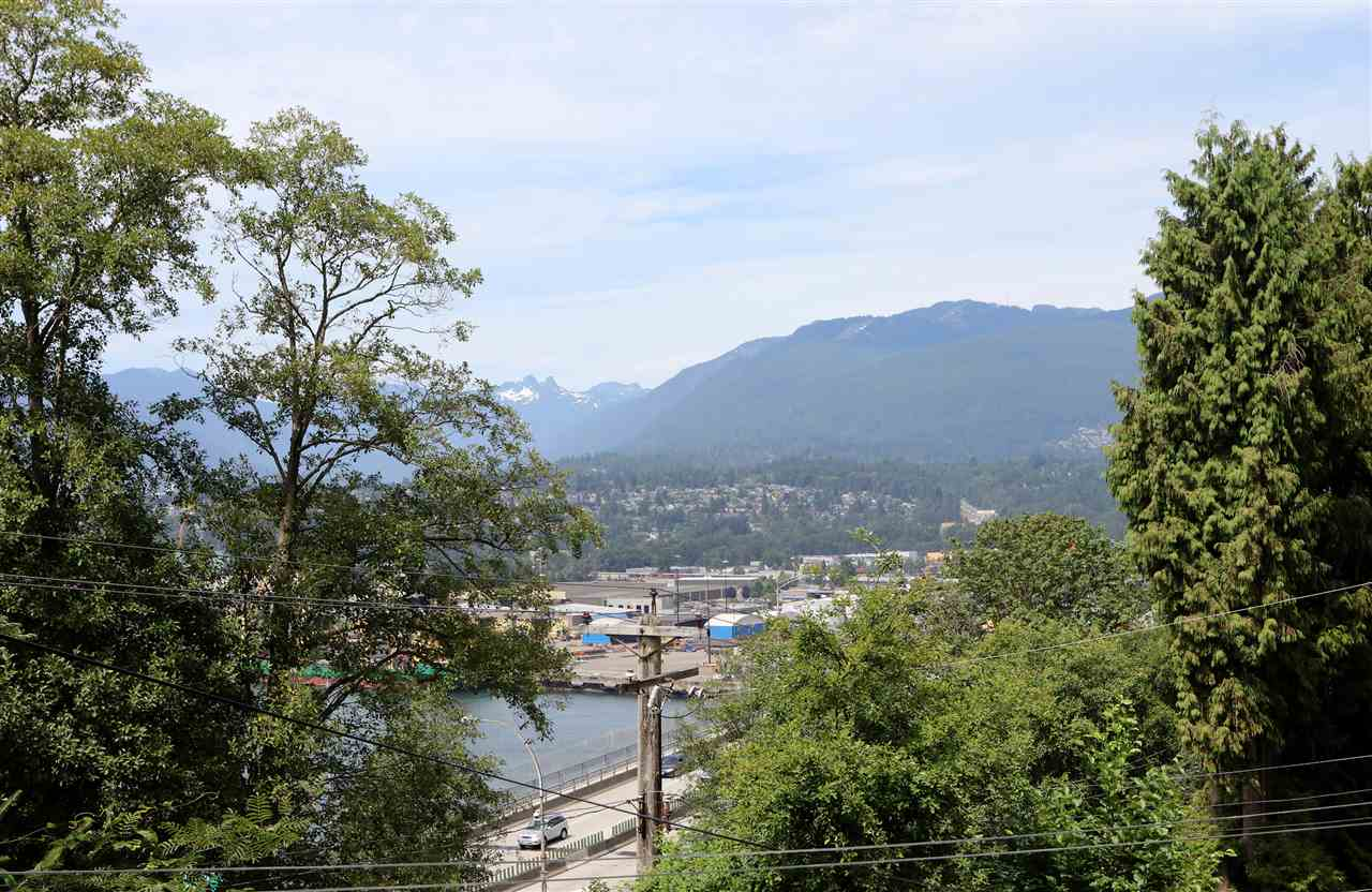 Huge 66x122 corner lot with mountain and water view. Over 3000 sf living space waiting for your renovation idea. Franklin Elementary / Templeton Secondary catchment. Call today for details. All measurements are approximate, buyers to verify if deemed important.