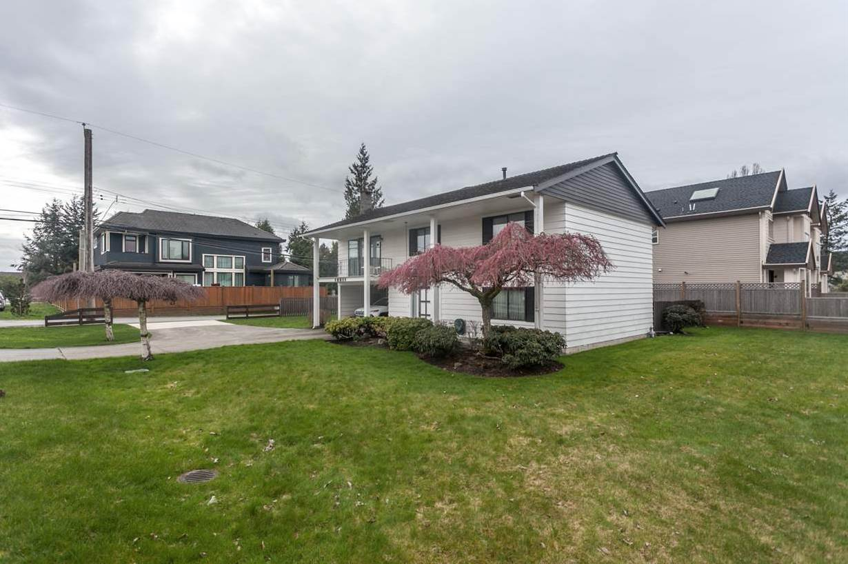 Unique subdividable property in highly sought after Ironwood Neighborhood. Property is subdividable into 2 lots with laneway access. Whereas lot 1 is 40x110 and can potentially build up to 2598 SF and lot 2 is 48x110 and can potentially build up to 3168 SF. Current house is tenanted until July 31, 2018. Welcome to drive by but please do not disturb tenants.
