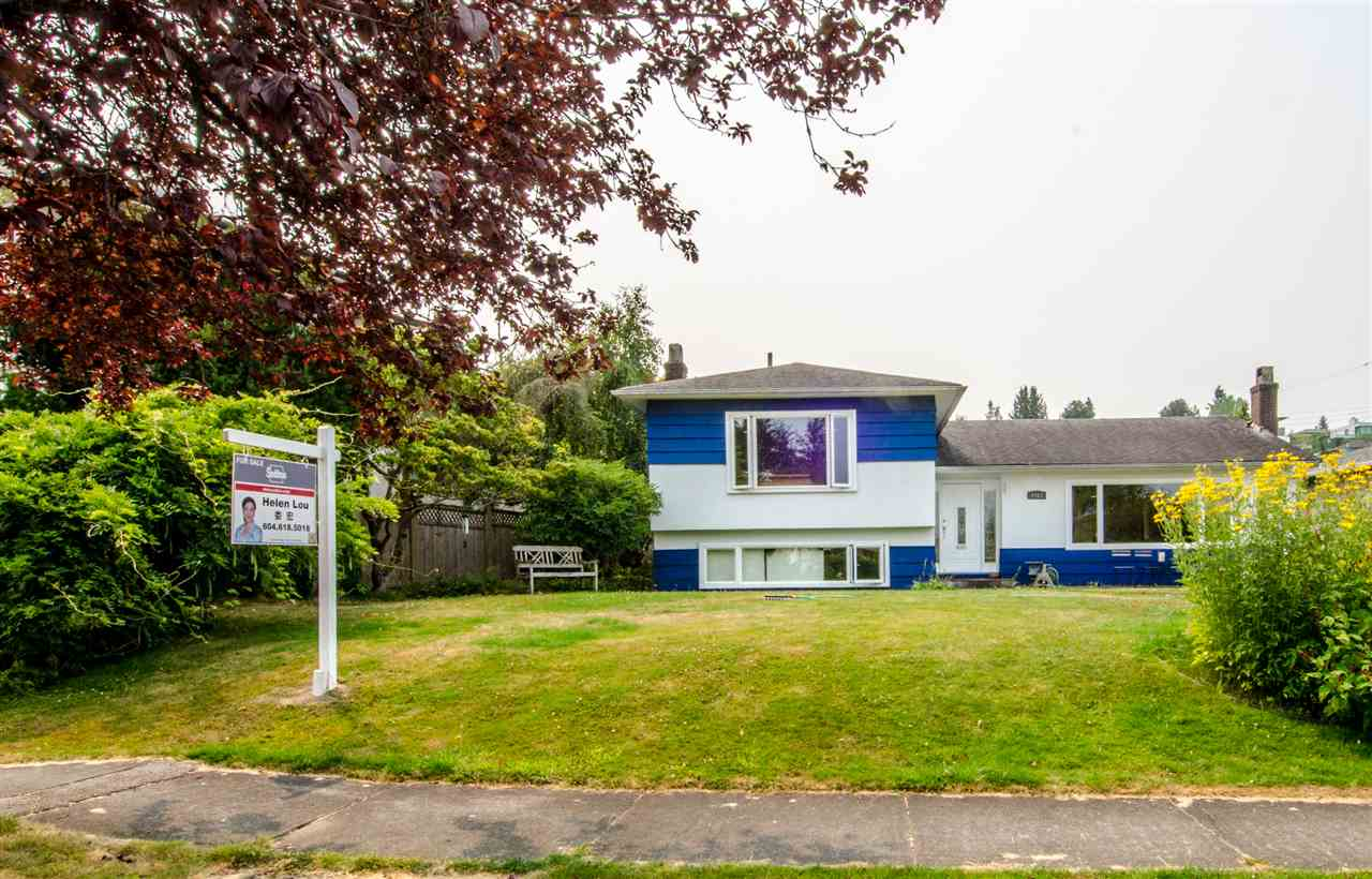 Open House:  SUN Dec 3, 2--4pm  Best value in Vancouver West side! Hurry up before mortgage qualifications change!