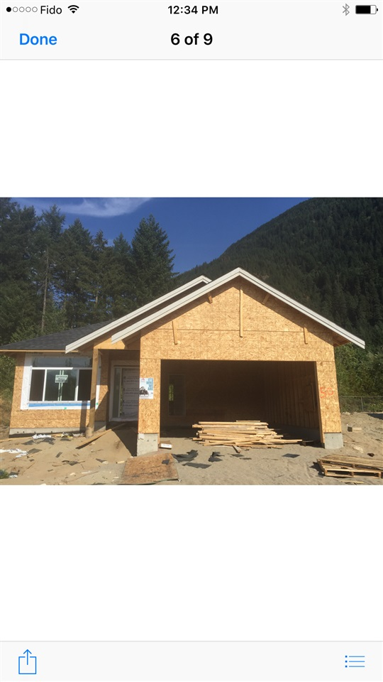Gated freehold strata community with only $25 strata fee! 2 bedrooms, kitchen, den, great room, carpet and laminate floors. Views of mountains! Two car covered parking and lots of room for street parking and RV parking. Don't miss out. Call now for your private tour!