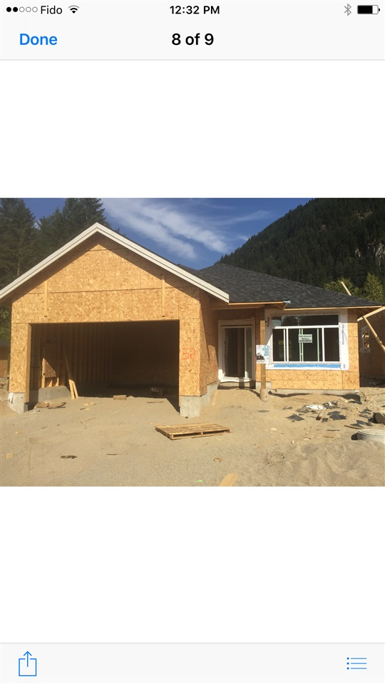 Strata fee only $25! This spacious 1,365 sq. ft. rancher has 2 bedrooms plus a den, kitchen, nook, and a big back yard. Lot size 4,380 sq. ft. Don't miss out. Call now for your private tour!