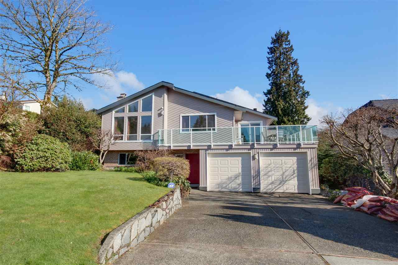Just RENOVATED! The perfect VIEW family home, you and your kids will love. Fantastic  Cul De Sac Location, park behind your own private backyard with private entrance. Ocean and mountain and island views. The house offers a great layout with spacious open concept kitchen, big recreation room, hardwood floors, sauna and more. Upstairs features 3 bedrooms, a very large gorgeous master suite with gorgeous balcony and view. Downstairs you will find a beautiful self contained 1 bed suite and a HUGE rec room and extra bedroom. Walking distance to transit, and close to Deep Cove, Parks, Schools, and more. Just renovated, this house is move in ready! open sat Sept 2 2:30 -4:00