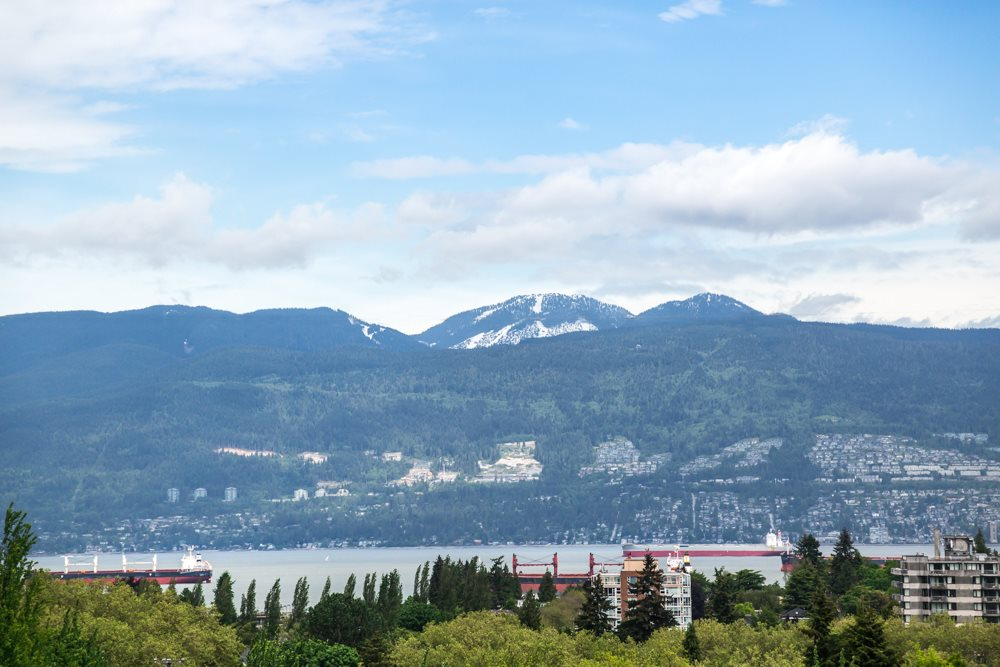 Builder and investor alert! This prime Point Grey property is perched high above on W13th and offers fantastic of the water, Downtown Vancouver & North Shore Mountains. Zoned RS-1, 33' x 122.65' lot (4,047sqft) and south facing, this property is steps away from the famous private school West Point Grey Academy. Queen Mary Elementary and Lord Bing Secondary. Several stops to UBC, walking distance shopping and transit. Do not miss out on this great opportunity to build you own dream home.