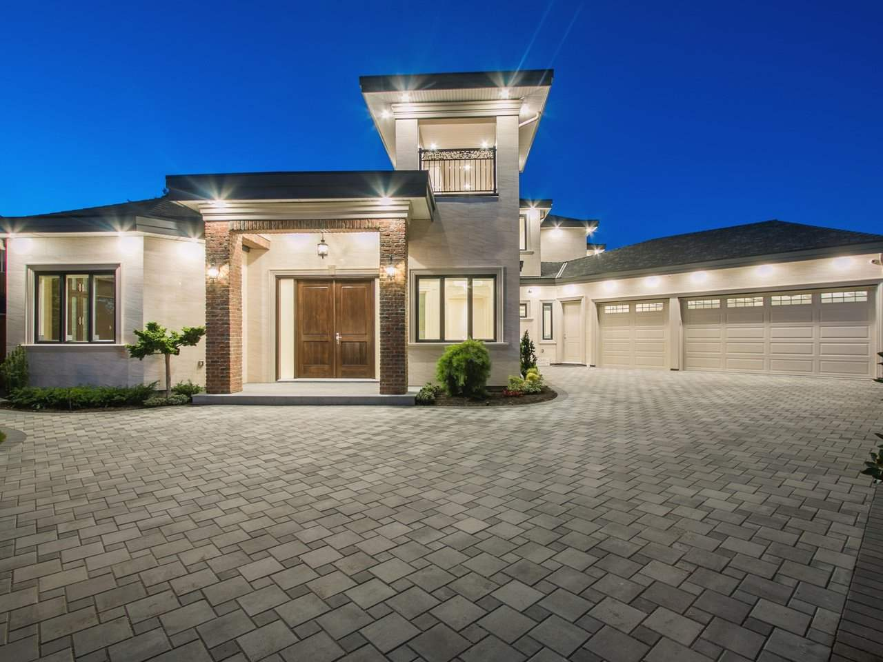 Truely an impressive architecture zen design house sitting on over 12,000 sqft lot, surrounded by professionally landscaped yard and gated fence with triple 11' garages (luxury cars can park right at back yard). Exhibiting a park-like, the mansion comes with 5,072 sf of living spaces, with luxury touches throughout. Grand entrance & foyer upon entering the front door. 2978 sf main flr comes with spacious living, dining, family and theatre room; western and wok gourmet kitchen with Miele appliances & custom-built cabinetry. Master retreat is upstairs alongside double master bedrooms for King and Queen with other all ensuite bedrooms.  Nice and friendly neighbourhood.  A masterpiece built for tasteful buyer!