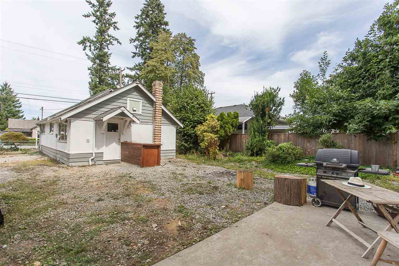 Investor Alert or Starter home on huge 7000 sqft lot. 5 minutes to bridge, Golden Ears and shopping or schools. Beautiful sought after neighborhood. Detached 16' x 24' powered Garage & Detached shop. Half a cellar for storage. NEW PRICE! Open House! Sat 12-2pm Oct 7 & Oct 9 Monday 2-4pm