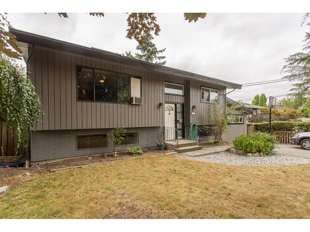 This centrally located home is a great way to jump into the market. Situated on a large 7583 sq, ft lot with developing potential down the road. Other inclusions are; updated kitchen quartz counter tops with fire clay apron front white double sink, stainless steel appliances, vinyl tile flooring, solid hardwood though out living and dining area, huge master bedroom with vaulted ceiling, covered deck with southwest exposure and massive backyard, 1 bedroom mortgage helper in basement with separate entrance, central location within walking distance to Starbucks, shopping, transit, schools. Mortgage Helper!