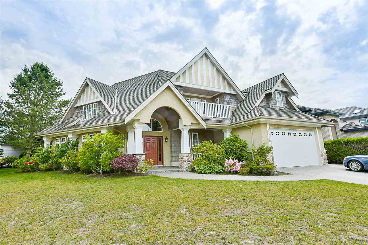 Gov't assess value $2,161,000! Gorgeous custom designed beautiful home with 3,300 sq ft living area on a 6,092 sq ft corner lot in prestigious neighbourhood. Original owner occupied, quiet & spacious 4 bdrms, 4 bthrms, living and family room, 2 kitchens, & a large sitting room perfect for a family of any size. Potential for a separate suite. Sunny south backyard offers maximum privacy for outdoor entertaining. Walking distance to Quilchena Golf Course, Terra Nova Shopping Centre & West Dyke, 5 minute walk to top ranked Spul'u'kwuks Elementary and Burnett Secondary. Act fast!