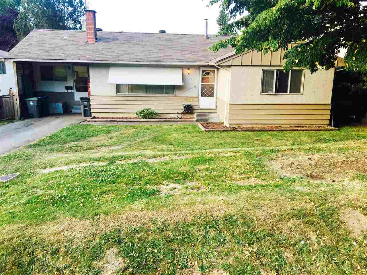Amazing LOT in the highly sought after Bolivar Heights. This rare 75x137 sized lot has 3 bedrooms, 1 bathroom with an exceptionally large and bright back yard. This house is perfect for a first time home buyer, or for a builder looking to build a custom home. This rancher/bungalow style home is a must see. Won't last long! ***OPEN HOUSE - Sunday Oct 1st, 2pm-4pm***