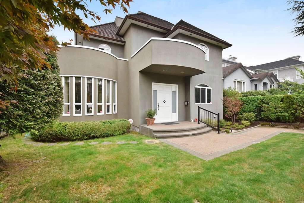 Unique, architecturally designed 4 levels home in prestigious Mackenzie Heights with some water and mountain views from upper floor on a 50 x 123.5 lot. Beautiful maple H/W, A/C, granite counter tops and a super bright kitchen, covered patio. Professionally landscaped. Lord Kitchener Elementary and Prince of Wale Secondary school catchments. This home has been beautifully painted recently. Open house on September 16th and 17th from 2-4 PM.