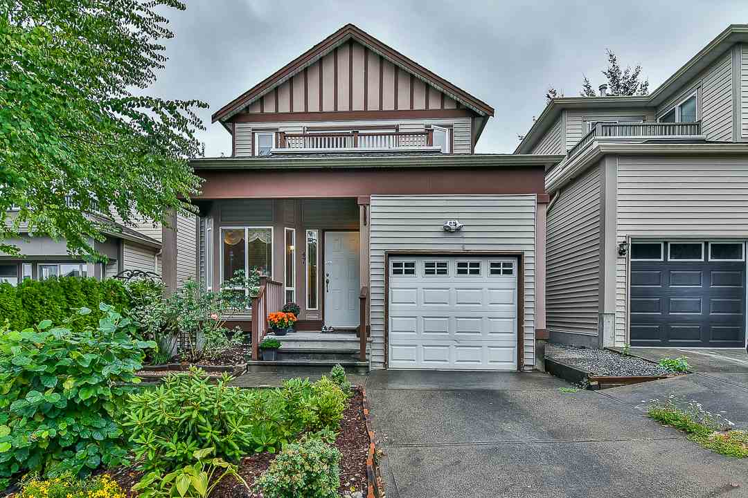 Brand new roof in 2017 October! Great quiet family home in Hyland Creek, Quick access to HW 1, close to the best schools, parks, walking trails, golfing nearby. Big sundeck in back yard, giving lots fun with your kids and family. Open concept kitchen, living room and dining room on the main floor. Three bdrms plus walk-in closet up and big recreation room in basement. Strata fee $43.00 a month. Enjoy your family life in this so great neighbourhood! Don't miss this one! Open House on October 21/22 2PM-4PM.
