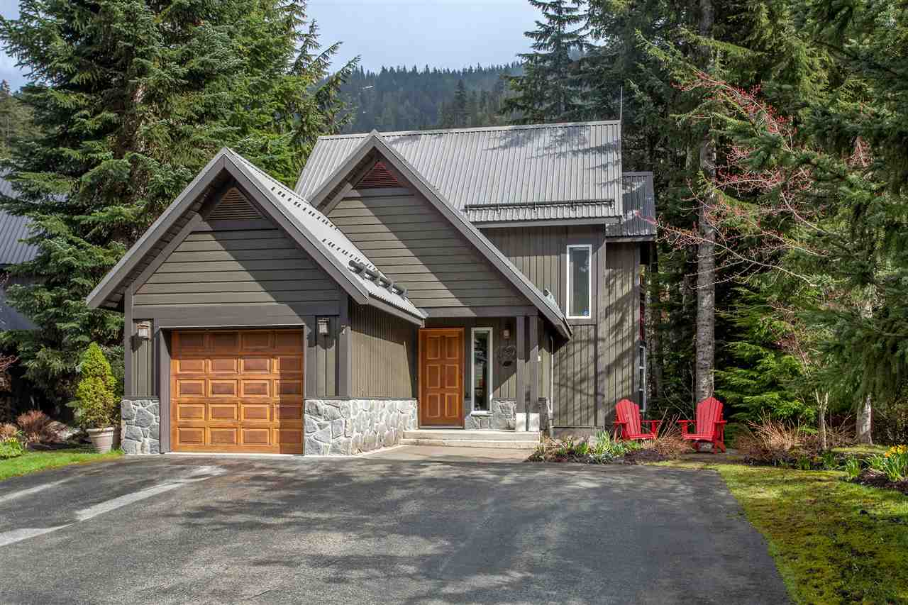 This harmony Court Chalet is move-in ready for the buyer that wants the higher end home with a warm feel. Regular updates by RDC Fine Homes means you can rest assured that you are purchasing a well-cared for home that has quality finishing & beautiful updates throughout. 2436 sf over 3 levels with a master bedroom & ensuite bath on the upper level; an entertainers dream, open-concept kitchen, dining and living area with vaulted ceilings & large deck + single car garage on the main level; & two bedrooms, media/games room, large deck with private hot tub on the lower level. A wood fireplace with limestone hearth & wood mantle make for intimate winter evenings after a day on the ski slopes. Look out towards Whistler Peak from the floor to ceiling windows in the living room - a perfect home.