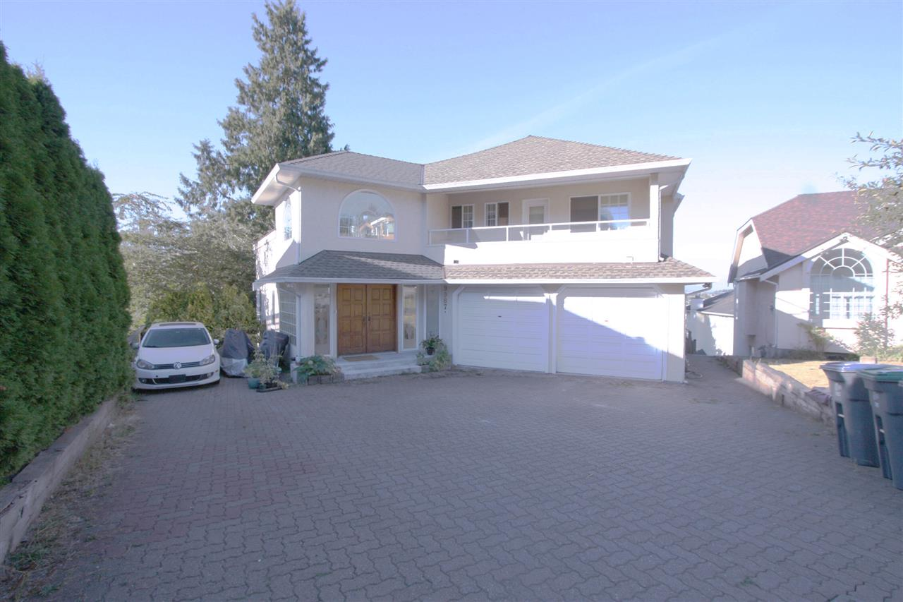 Huge Lot (16,200 sqft) with BIG house (4,612 sqft) features 5 bedroom and den with 2 kitchens. Living room with super high ceiling. Bright & Spacious OPEN Concept Kitchen with beautiful North East view ranging from Kitchen, Dining Room, Family Room, Master Room, etc. Well-kept with 1-year new roof. Surrounding with Tim Horton, Starbuck, Subway, McDonald, etc. Close to Walmart and Surrey Central Shopping Centre. Potential for spliting into two lots for two houses. A good choice to live in or investment. OPEN, Sun, Oct 8, 2-4 PM