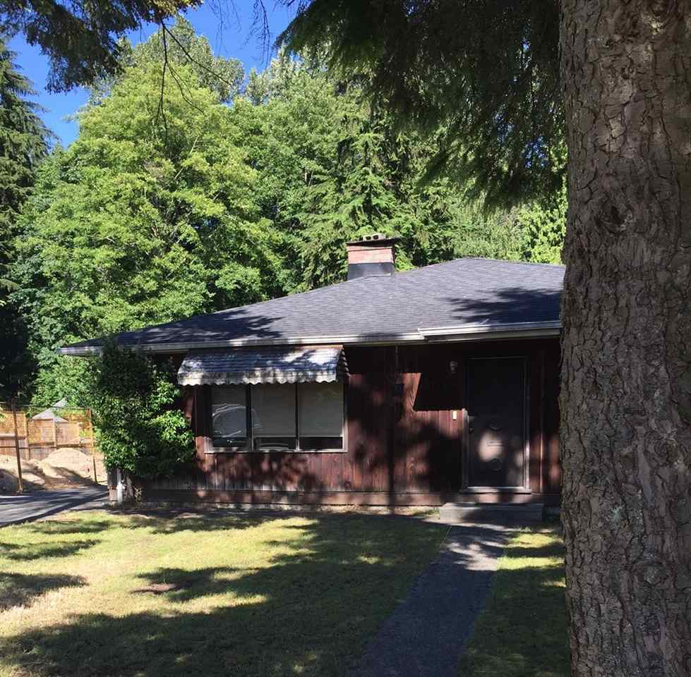 Hold, renovate, or build. This 2,000 sq.ft bungalow on a 52x150 lot offers a lot of options. Great location backing onto the park and a short stroll to Capilano Mall and Marine Drive corridor. Head out your back door for a scenic trail walk up to the William Griffin Recreation Center and Edgemont village. Excellent value here.