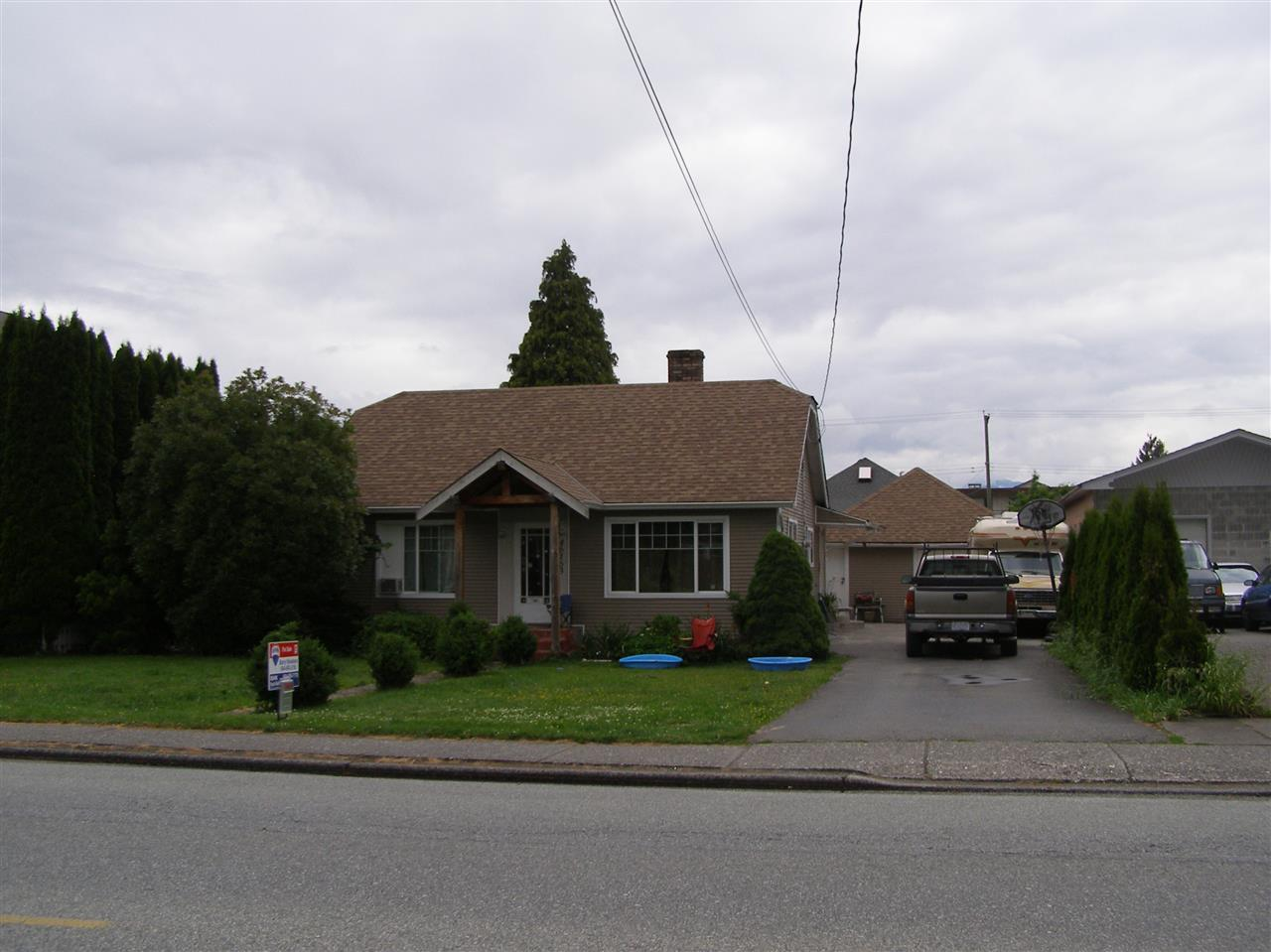 Great 3 bedroom rancher on a big lot with lane access and 20x20 detached garage/shop. In 2011 the home had an addition for a new master bedroom plus new windows , new vinyl siding, new roof and extra insulation installed. Close to all amenities and bus routes making this a good investment/holding property or great first time Buyer opportunity.