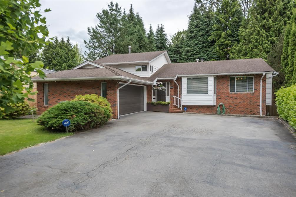 Spectacular well kept family home on over 10,000 SF lot. Three level split plan offers spacious family living. French doors open up to very large covered deck. Beautiful South facing yard fully fenced offers completely privacy. Tons of updates, Don't miss the fabulous wok kitchen. Steps to transit and Kensington Mall. Potential for extra accommodation.