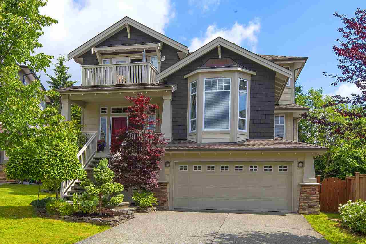 IMMACULATE, FAMILY HOME IN CUL-DE-SAC & BACKING ONTO GREENBELT!! Lovely home offers 4 Bedrooms up, great entertaining space on main, plus bright walk-out basement. Rich, hardwood flooring throughout main living area which includes Great Room, Den/Office & formal Dining Area. Kitchen boasts high-end S/S appliances, granite counters, maple cabinets & huge island. French doors lead to custom-built deck & private garden. Up are 4 Bedrooms plus Laundry Room. Master boasts walk-in closet, vaulted ceiling & private balcony. Ensuite includes soaker tub, double vanity & walk-in shower. Walk-out basement has huge Rec Room & Games area, mud room & 5th Bedroom with full bathroom. Close to all levels of great schools, transit, shopping & endless recreation activities!