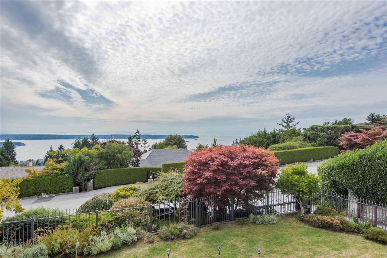 Fantastic 180 degree view of Lions Gate Bridge, City and Ocean from all 2 levels!! This elegant home located at the most prestigious Chartwell area in BPs. Tastefully renovated living room, open kitchen, formal dining room and eating area all overlooking breath-taking views of city and harbour, 5 bdrm & 4 bthrm and basement suit with exceptional quality of material and workmanship. Gated entrances, easy and level parking for 5 cars, beautiful backyard, front-door patio and gorgeous swimming pool and much more?? Short walking distance to Chartwell Elementary School and Sentinel Secondary School and very close to Hollyburn Country Club, Park Royal Shopping Centre. Discover this exceptional home!!  Realtor open on Thursday 10am-12pm, Sep 28th.