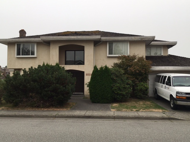 Well kept family home, 3,105 sq.ft. with 5 large bedrooms. Bright corner East facing unit. Long term tenant leased for $2300/month till end of September 2018. Walking distance to Richmond Christian School & Jess Wowk Elementary, Steveston London Secondary Catchment.