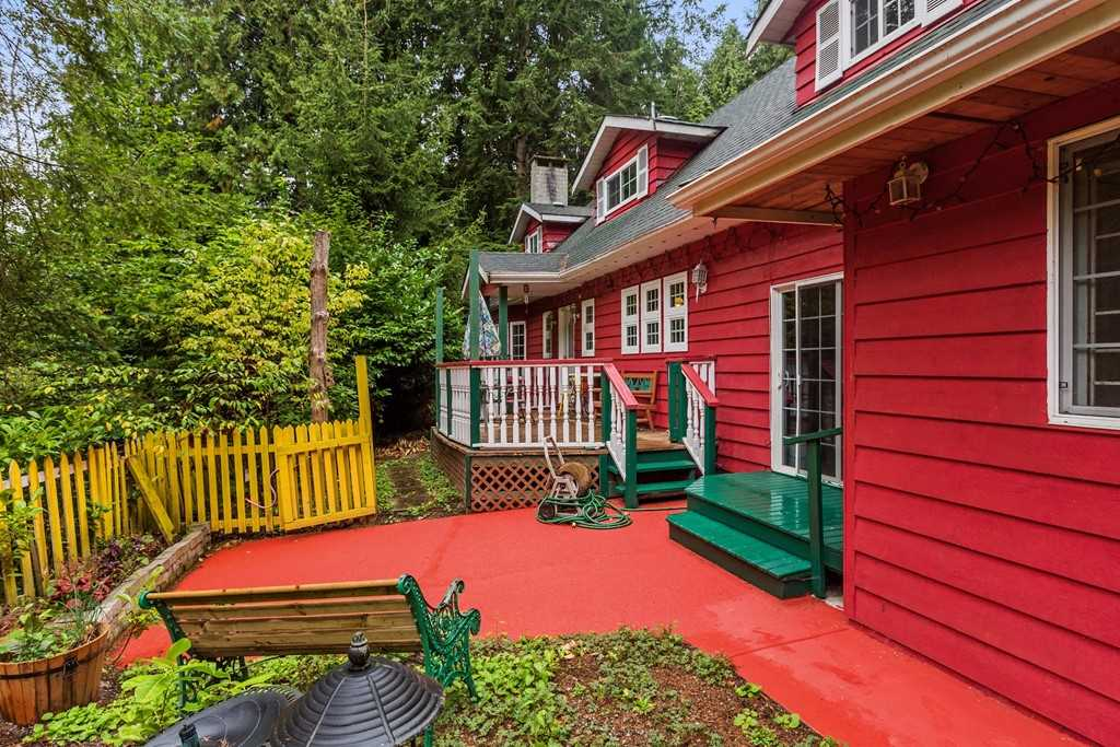 Campbell Valley Park - 2.46 Acres located on a quiet dead end street just 1 block to a Park Entrance. Original owner 4,000sqft Cape Cod 2storey with basement. 4 bdrm, 3bath. Detached 24x40 Barn or Workshop with loft above. Built in 1977 and in original condition. 200 amp service, 20kw natural gas generator for entire house, New windows, drilled well. Property is mostly treed but no tree bylaw in this area of Langley. No creeks, and property is on the high, dry side of the street. First time offered for sale in one of the most desirable areas of Langley.
