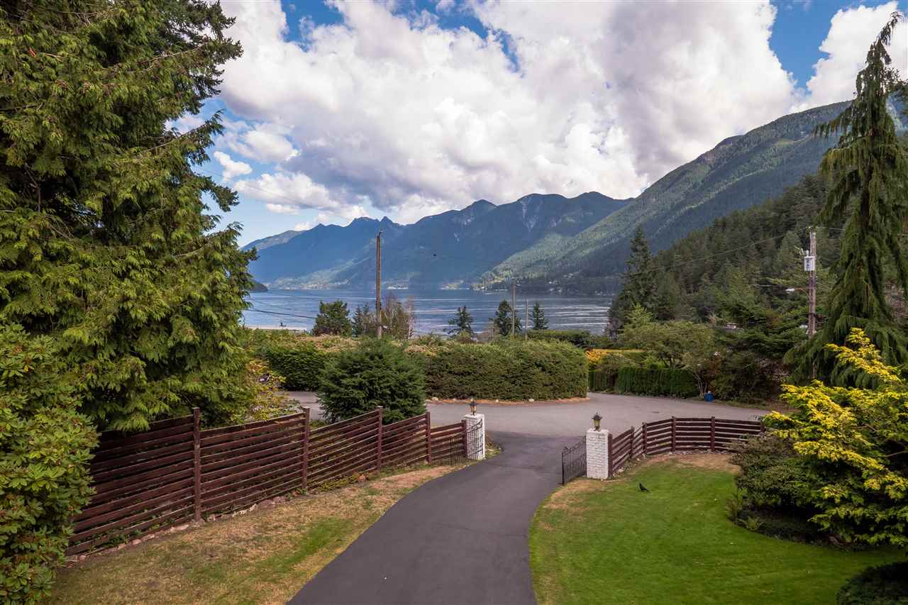 Dramatic close up oceanviews to Howe Sound will impress as will the 14413 sq foot largely level lot & well loved one owner home on one of Whytecliff's favourite streets. Beautiful front lawns & gardens, with gracious driveway & entry gate. Watch the ferries pass from Queen Charlotte Channel, Eagles soar & Sea life abound, the active natural outlook never disappoints! This amazing neighbourhood offers oceanside living at its best! Easy walking distance to Copper Cove Beach, Bachelor Bay and Whytecliff Park, go for a paddle , a swim, or just enjoy the sea air & amazing outlooks. 3 minutes to the restaurants of Horshoe Bay, 10 minutes to Caulfeild Shopping Centre. Golf course & Recreation centre in between. A special place!
