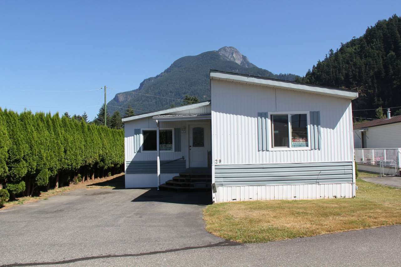 Completely redone in 1988, this 2 bedroom mobile home located in a nice park with great mountain views. Watch the gliders coming in from the nearby Hope airport, home of the Vancouver gliders association.  This home offers open floorplan, 7' x 11' porch, newer flooring, and includes 4 appliances. This is an end unit in an adult park with pet restictions. Quick possession possible.