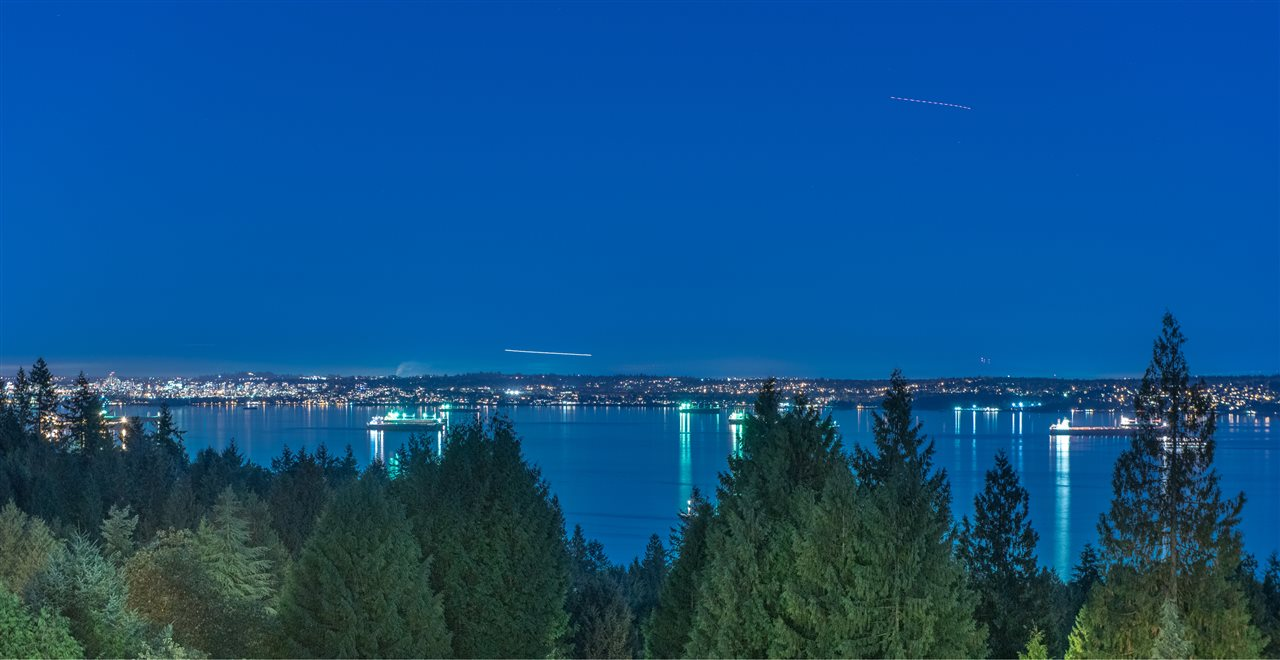 Spectacular Stanley Park, city, Kitsilano, Point Grey & ocean view from both main & lower levels! Built by Georgie Award Winner API Construction Ltd., this gorgeous custom-built home boasts 17,180 sf south facing lot, fantastic 4,996 sf luxury open-concept elegant living space + 1,951 sf outdoor space, 4 fireplaces, high-end Miele appliances, gourmet kitchen, truly an entertainer?s heaven! Also features vaulted ceiling, supersize large windows, beautiful kitchen cabinets, meticulous millwork, contemporary lighting, incredible master suite, radiant heat in bathrooms, air-conditioning, central speakers & vacuum, 24/7 security system and more. Short walk to high ranking catchment Rockridge Secondary & Caulfeild Elementary, Caulfeild Village. Short drive to Mulgrave School, Cypress Mountain Ski Resort, West Van & Eagle Harbour Yacht Clubs, Horseshoe Bay Village & Ferry Terminal, Gleneagles Community Centre & Gleneagles Golf Course.