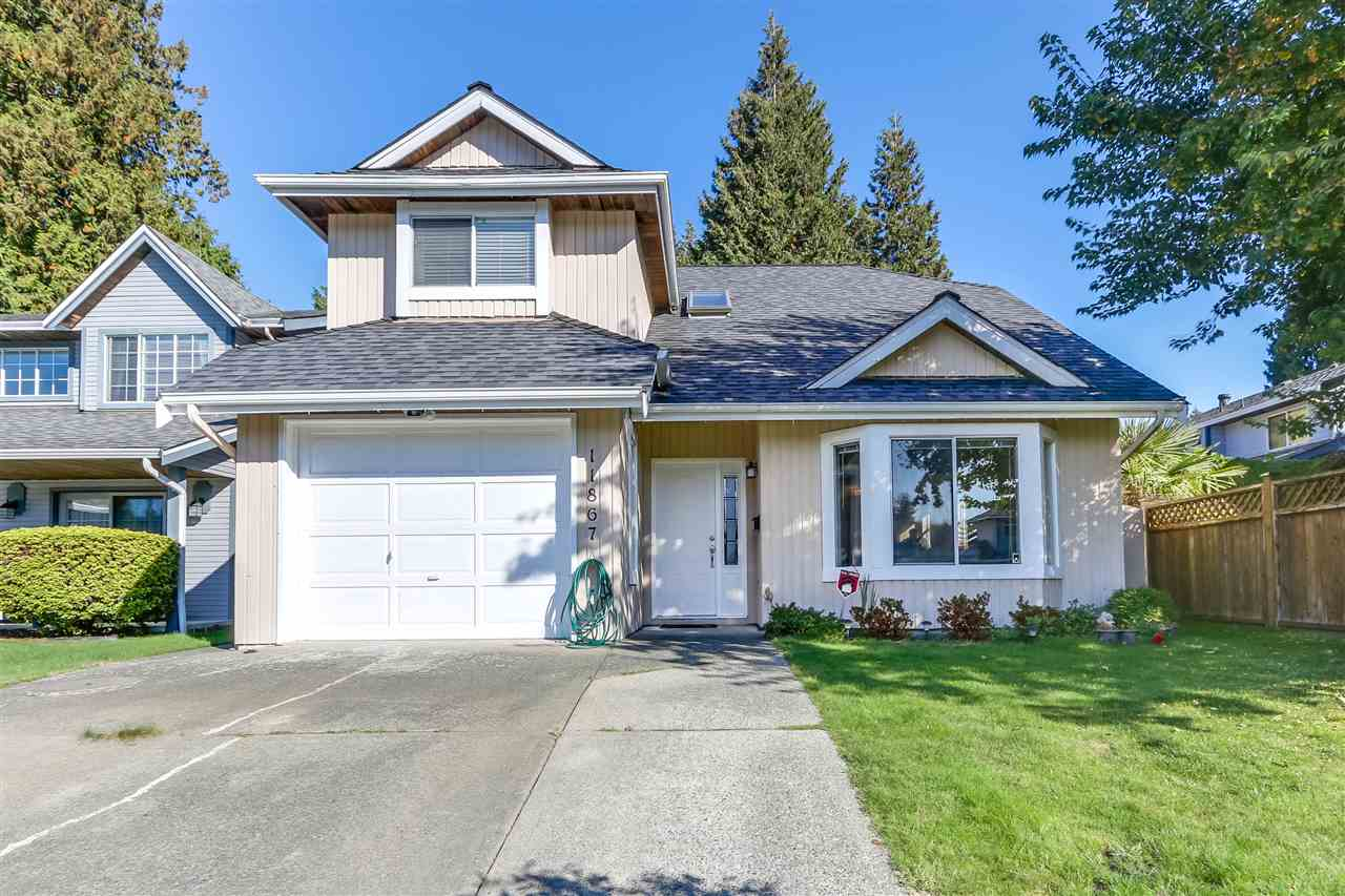 Location! Location! Lovely family home located on a quiet cul-de-sac with private backyard backing onto green space. Features included vaulted ceiling in living room, spiral staircase and plenty of windows. Many updates over the years including kitchen, flooring and all bathrooms. Walking distance to Cougar Canyon Elementary and Seaquam Secondary.  Open House October 7&8 Saturday - Sunday 2-4pm