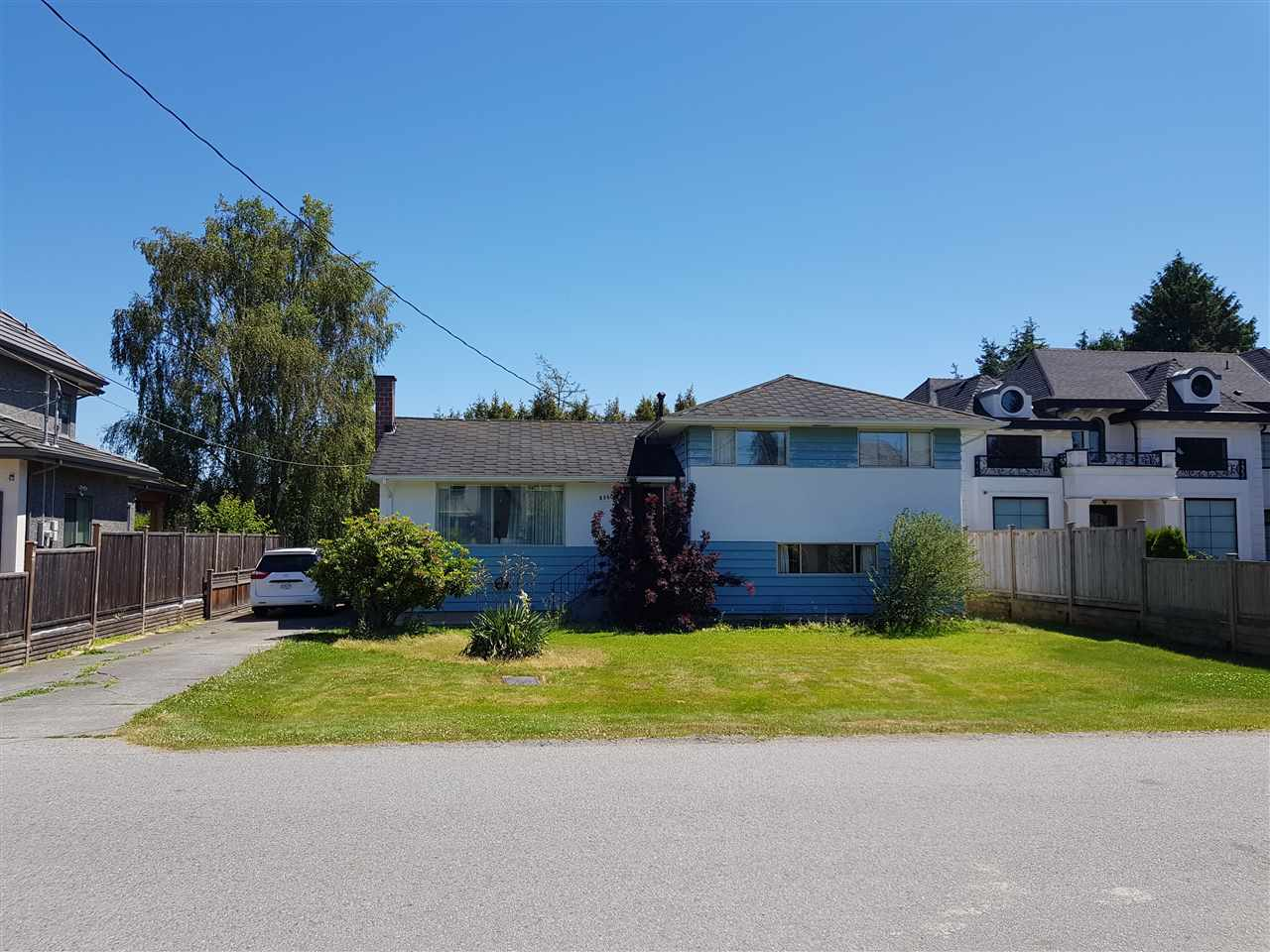 """Solid and clean 3 bedroom Split level home on rectangular 66 x 106.5' lot on nice street in Popular Seafair Area! Well kept by long time owner, features newer Furnace and hot water tank. Just steps down the street from Famous Gilmore French Immersion School, very close to Dyke Trails and Seafair Shopping Centre! Very Nice """"Clean"""" lot - no trees, no easements. Lots of new Homes on the street. This area of West Richmond is one of the quietest and nicest places to live in the whole City with easy access to Terra Nova and Steveston Village. Seller requires a short term rent back. Thanks"""