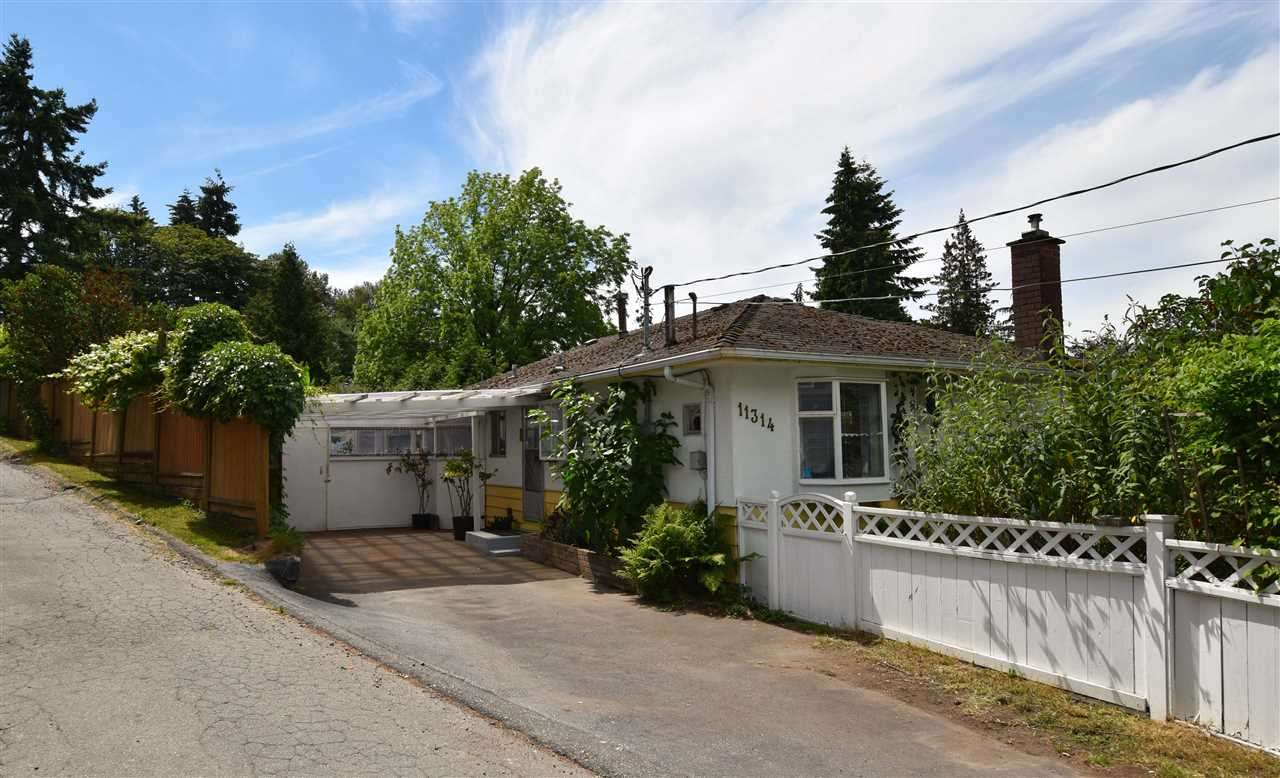 Great Location view lot, 8400 SF Corner Lot ,3 Bedroom + 2 Bathroom Rancher in Royal Heights.and possibility to build 3 Level house(chk with city ) on view of North Shore Mountains. Neat & clean Rancher. Sunny Southern exposed backyard, patio and workshop to enjoy. This Large RF Zoned Lot also benefits from separate lane access and is close to schools, parks, shops, Skytrain and easy access to Vancouver. Easy to show.