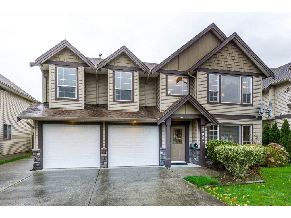 Excellent Quality Built Family Home in a great neighborhood in the Aberdeen area. This Basement Entry Home with 2 Bdrm LEGAL Suite has been very well taken care of by the original owners!~ Main floor has a huge Living Room with Dining area. Kitchen is spacious with SS appliances and breakfast bar, all open to Eating area and the cozy Family room. HUGE balcony overlooking large, fully fenced backyard....perfect for watching the kids and pets play! Downstairs has an additional bdrm for upstairs use. LEGAL Suite with Walk Out Basement, lots of light and in suite laundry. Quick possession is possible. BONUS: RV Parking! Showings have started, book yours today!