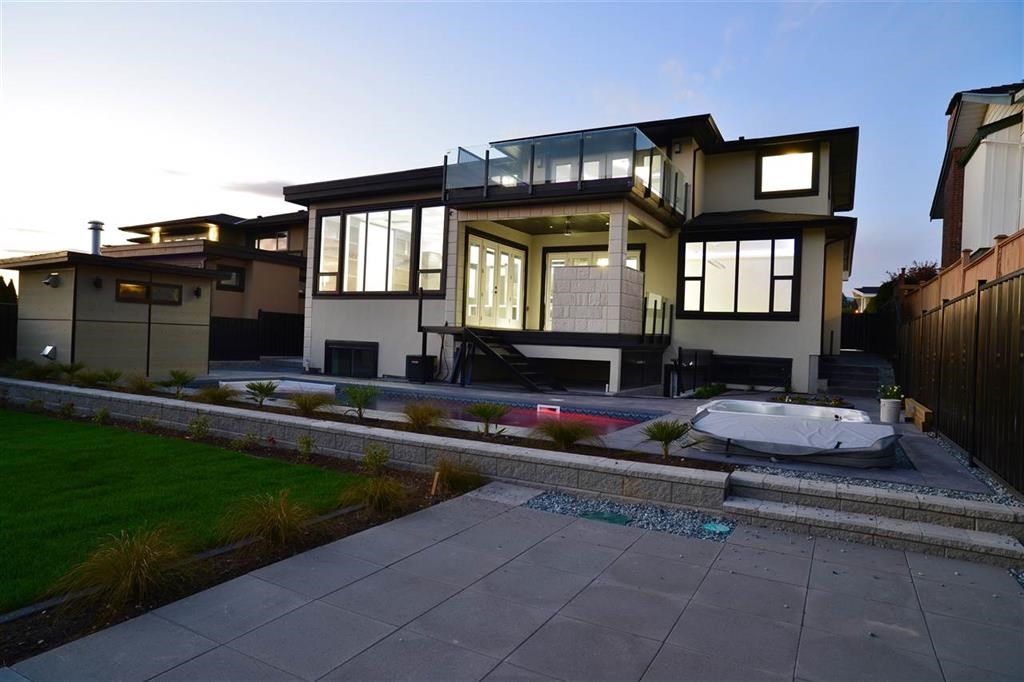 Attention! Great price reduction! A luxurious top customized home w/ Metrotown views on the S. & located near Sperling Elementary. Open concept home boasts many desirable features. Home of 4728 sq ft. 7 bdrms, 6 baths, outdoor swimming pool, hardwood flrs. vast storage, decorative paint, A/C, HRV automation, security system w/cameras. Auto sprinkler in garden. 2 bdrm suite w/ separate entrance for income revenue. Open house Nov19 Sunday 2-4