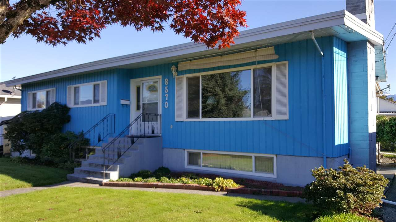 Have you been waiting for a lovingly cared for home with a basement on a nice quiet Chilliwack street well here you go. Same owners for last 42 years, home has vinyl windows and 6 year old roof just needs some updating to make it your own. Large and bright corner lot with garden area. Hurry on this one.