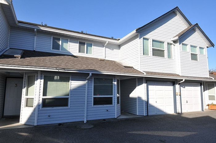 GREAT LOCATION!  Close to all the amenities.  Perfect for a family.  Close to all levels of schools, lots of storage inside this unit, fenced yard for your kids and pets safety.  New roof, spacious rooms all upstairs.  Eating area separate from dining room, laundry on main floor for easy usage.  Come and view before its gone.  Tons of street parking close to the unit.
