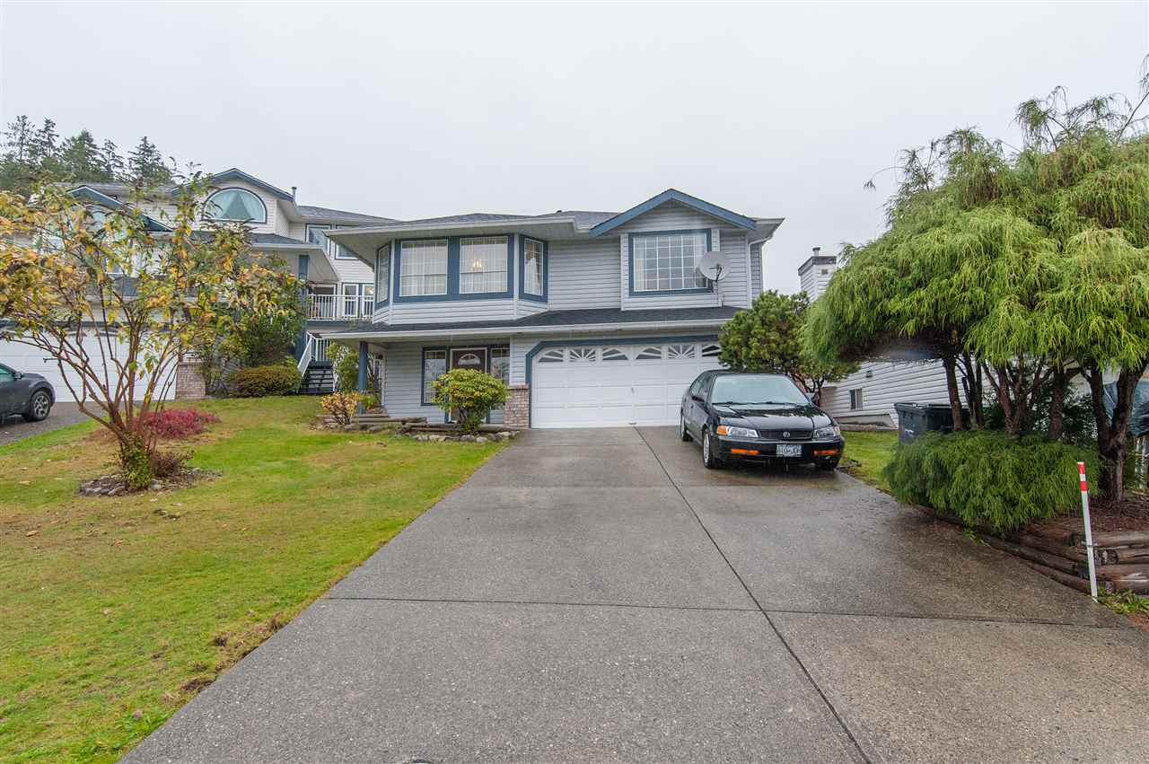 Great family home in very desirable Scott Creek location with 3 bedroom up, 2 bedroom mortgage helper down, walking distance to all levels of school. Pinetree secondary, primary, daycare, Douglas Collage, Recentre, skytrain, bus, lake/park and Coquitlam centre etc. A once-in-a-lifetime opportunity not to be missed! see you at our 1st OPEN HOUSE on 5th Nov, 2pm-4pm.
