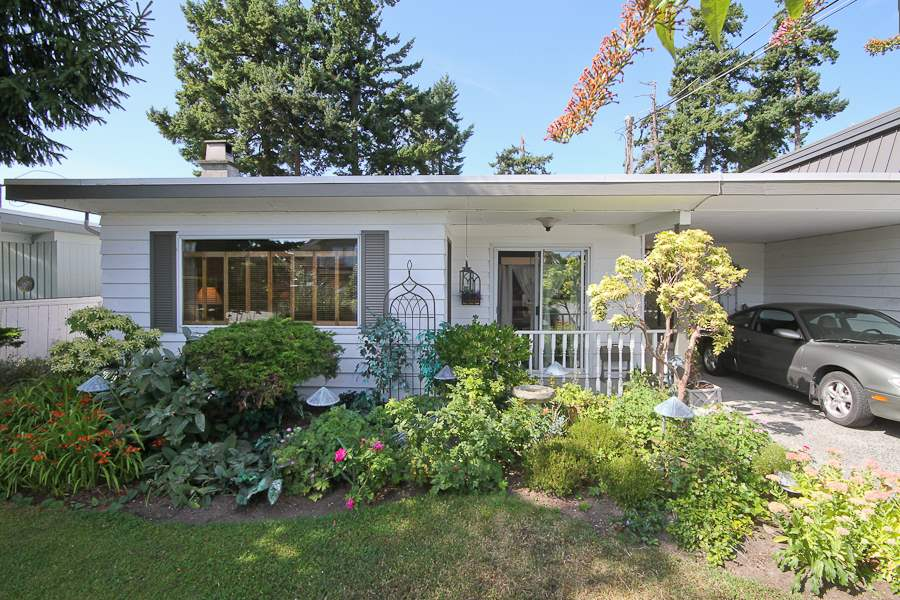 Paradise found in Boundary Bay. Gorgeous backyard that faces west to the farmland. Lovely rancher with some updates. Private & quiet & just 3 blocks to the beach. Seldom will you have a chance to enjoy a relaxed lifestyle in this prime location