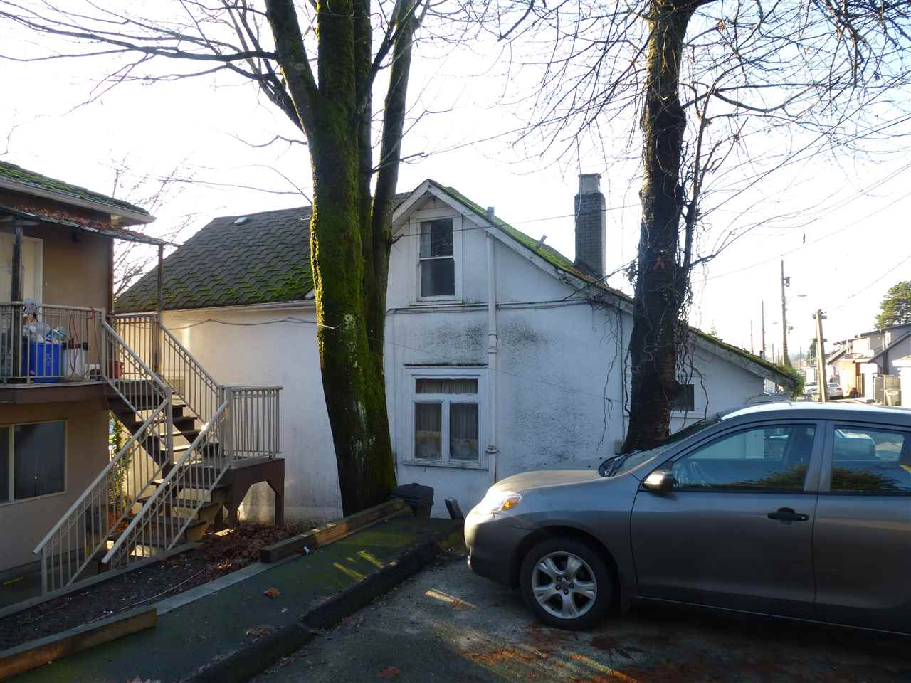 INVESTOR ALERT!. Listed well below assessment. This 3 bdrms 2 bath 1 1/2 story w/bsmt home is located close to YVR, schools and public transit. With updating, would be nice home in popular sought-after central area. Owner Occupied. Needs Updating - Value is in the Land only. Could this be your opportunity to live in Vancouver?