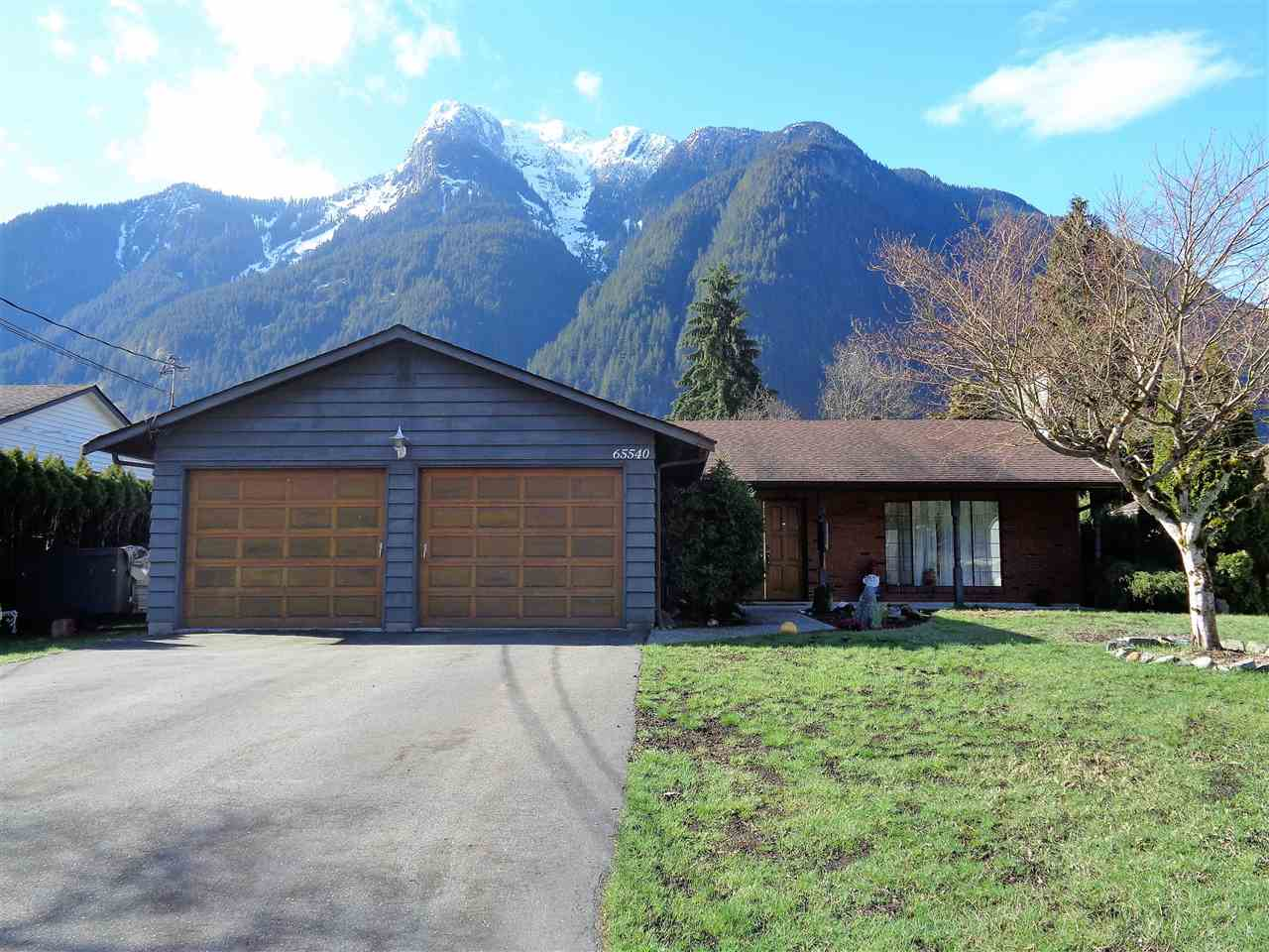 Solid 3 bedroom , 2 bath rancher on large level lot in desired prestigious Kawkawa Lake area, large 2 car garage and RV parking large country kitchen & double door entry. Yard is very private & features large covered patio, fencing & storage shed. Great curb appeal & mountain views, recent extensive interior renovation including Italian slate flooring throughout, new furnace, new appliances, new on demand hot water, gas dryer, new countertops, heated crawl space, new lights and more! Close to all amenities and within walking distance to shopping, grocery stores, schools, Fraser Valley Hospital, Restaurants, Kawakawa Lake, Coquihalla River, Thacker Regional Park, The Othello Tunnel Trails and the mighty Fraser River, peaceful and established neighborhood with wonderful neighbors.
