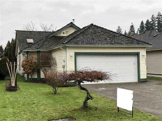 Handyman Special. 2 bdrm & den, 2 bath home with vaulted ceilings, French doors, gas fireplace & double garage. Oak kitchen. Ensuite has jetted oval soaker tub & separate shower. Covered patio overlooking private backyard. This home requires work but has lots of potential.